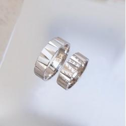 Ezüst zebra karikagyűrű pár