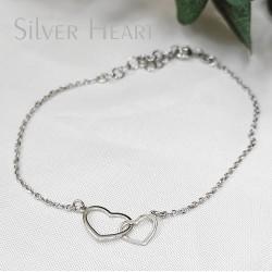Ezüst szívek karkötő