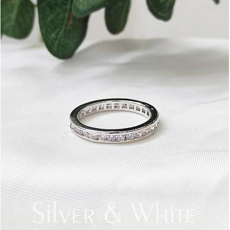 Ezüst és cirkónia körbe köves gyűrű