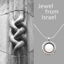 Izraeli ezüst és édesvízi gyöngy nyaklánc
